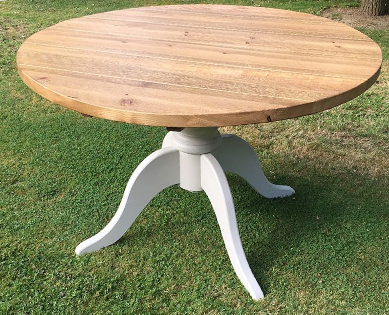 Pedestal table legs