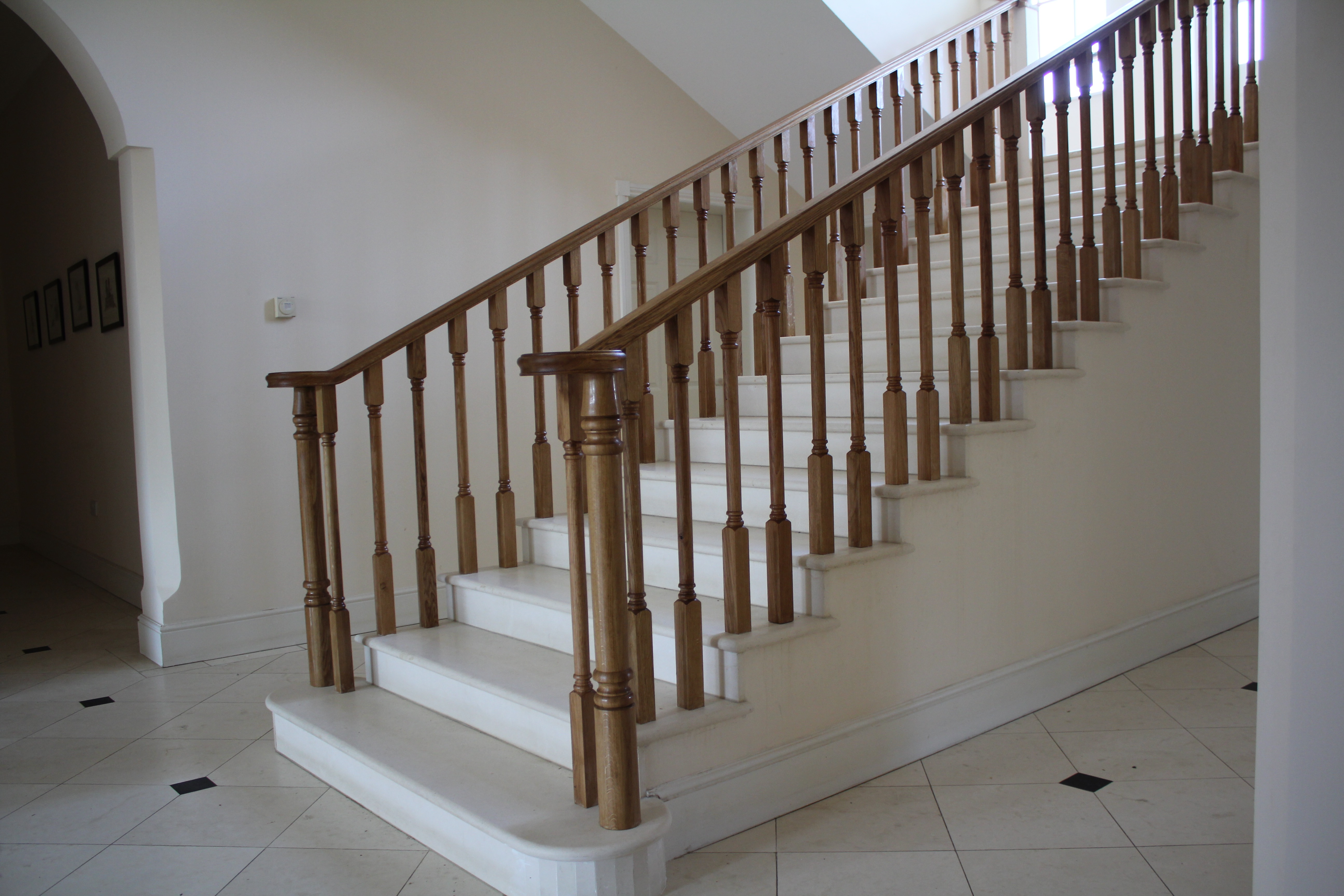 oak handrail oak spindles